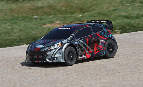 Traxxas Ford Fiesta ST Rally - Bred 2,4Ghz TQi Brushed